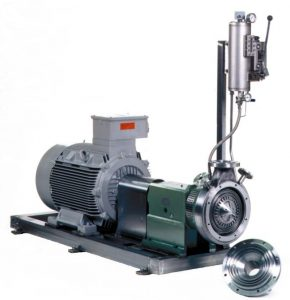 CAVITRON® CD 1050 with barrier pressure system. In the front there's the opened Rotor-Stator system. The Stator is lying on the floor in front of the machine