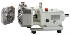 CDS1020 machine with an unclasped Rotor-Stator system and its sanitary Coupling.